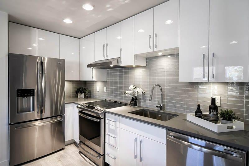 Bright High Gloss White Kitchen Renovation