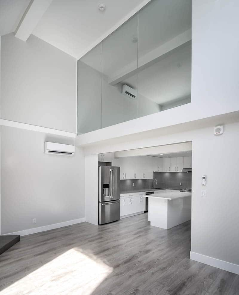 Renovated Loft With Glass Wall